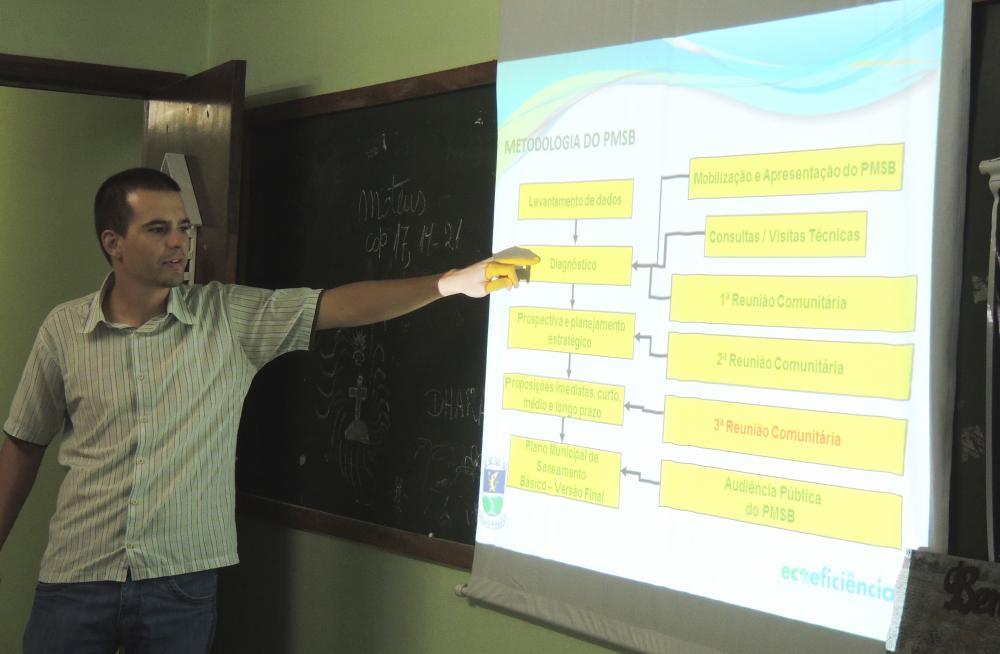 Prefeitura  promove reuniões com a população para tratar do Plano Municipal de Saneamento Básico
