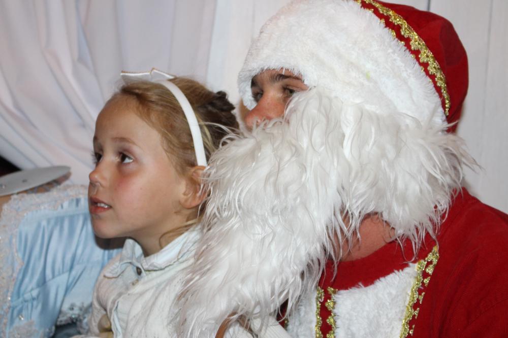Papai Noel está todos os dias na praça de Ituporanga