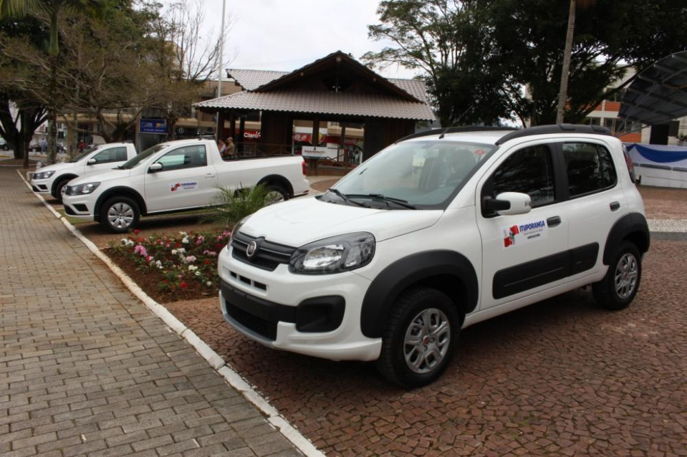 Veículos novos complementam frota de três secretarias em Ituporanga