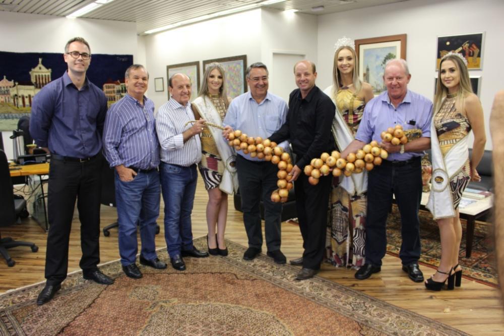 Prefeito Lorinho traz boas notícias de viagem a Florianópolis