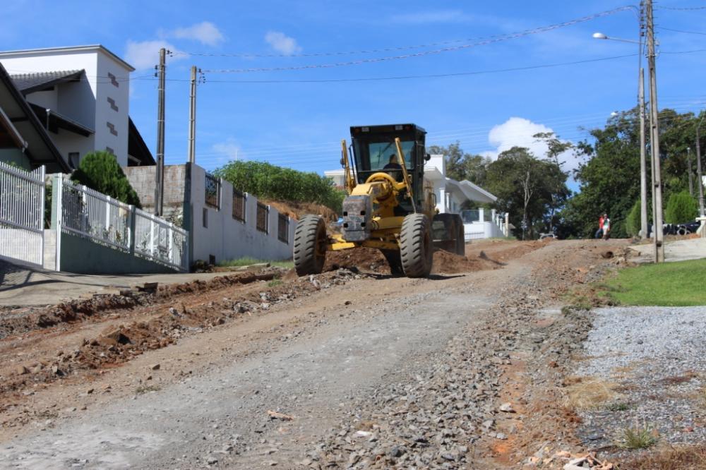 Ruas começam a ser pavimentadas em Ituporanga