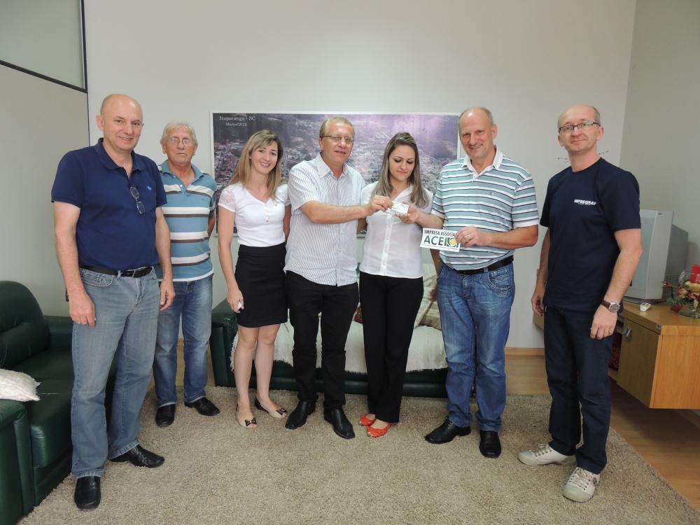Prefeitura de Ituporanga firma convênio com ACEI