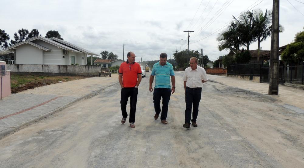 Prefeitura de Ituporanga conclui pavimentação de mais uma Rua
