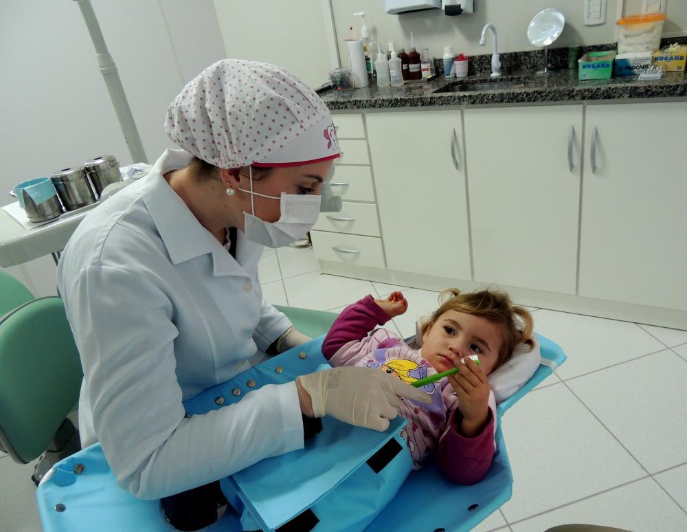 Ituporanga implanta clínica odontológica de bebês pensando na prevenção da saúde bucal