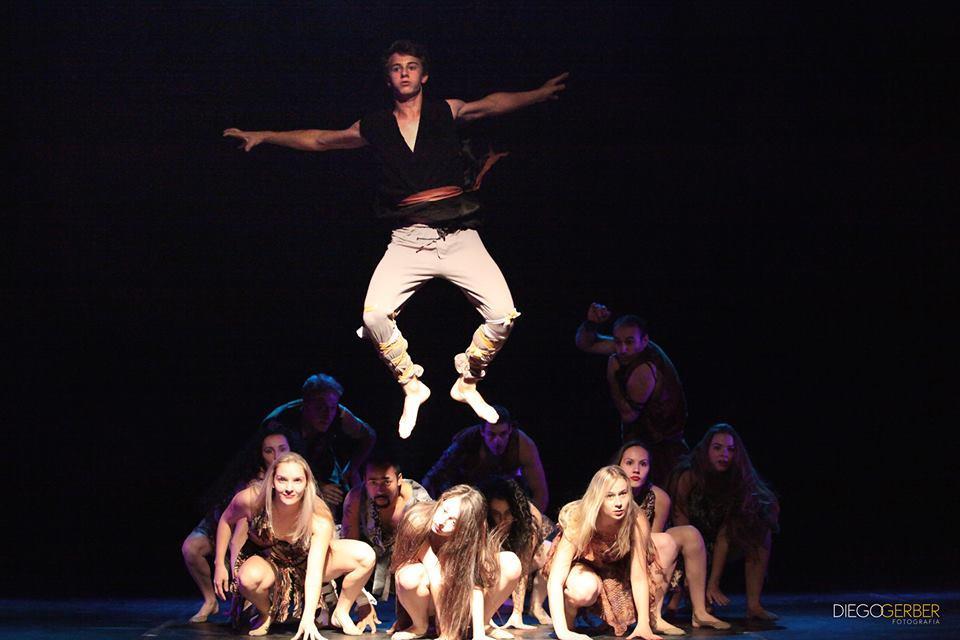 3ª Mostra de Dança de Ituporanga emociona o público