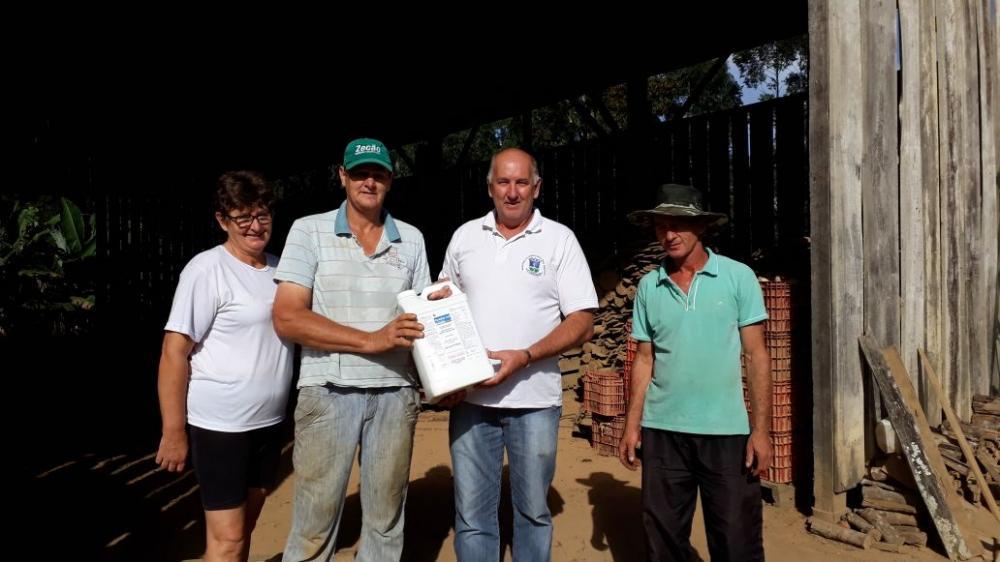 Campanha de combate ao borrachudo é realizada em Ituporanga