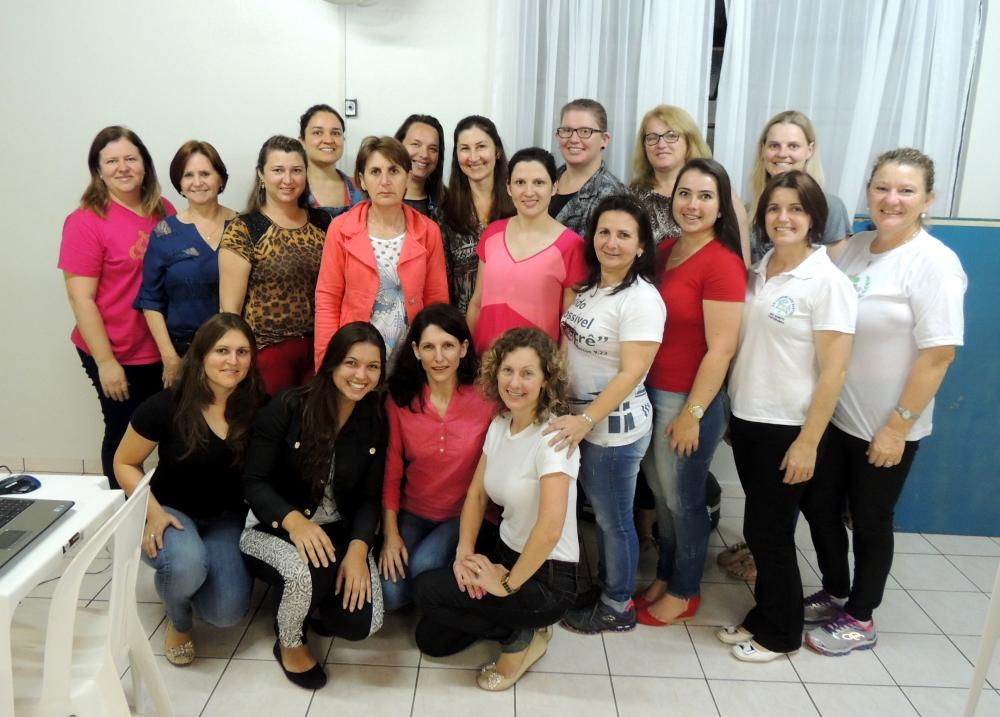 Professores de Ituporanga participam de encontros de formação do PNAIC