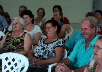 Administração se reúne com coordenadores dos Grupos de idosos e de mães do município