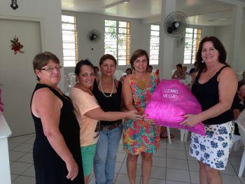 Grupos de mulheres de Ituporanga recebem kits de trabalho da Prefeitura