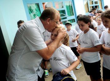 Prefeitura de Ituporanga entrega mochila e material escolar aos alunos da rede municipal de ensino