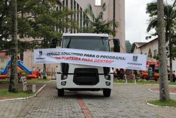 Prefeitura de Ituporanga recebe um caminhão 0 km para atender agricultores