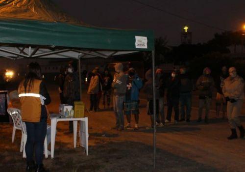 Blitz sanitária e agentes de saúde cadastram cerca de 50 trabalhadores em 24 horas