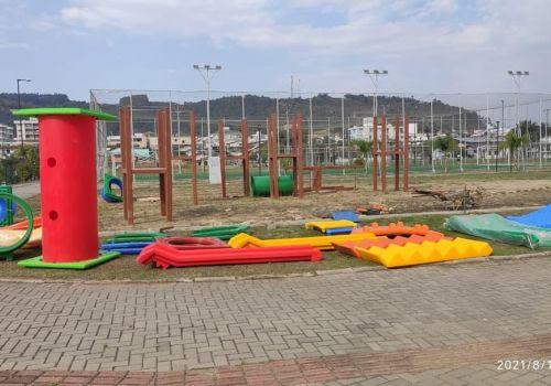Iniciada a instalação do novo parque infantil no Parque da Cidade em Ituporanga