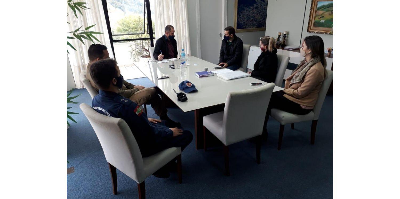 Prefeito Titi quer empresários participando do comitê do coronavírus