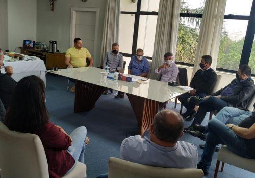 Prefeitos da Região da Cebola se reúnem em Ituporanga para tratar sobre ações conjuntas